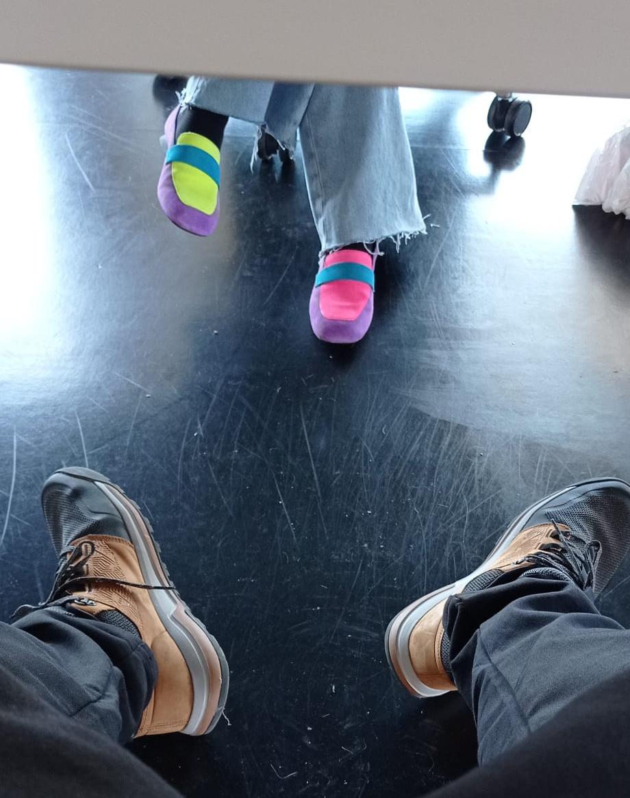 Mayes por los pies 3